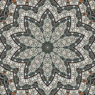 Moorish Digital Art - Kaleidoscope O Seventy Two by Paul Gillard