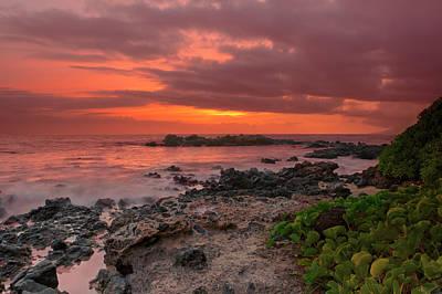 Photograph - Kama'ole Sunset by Susan Rissi Tregoning