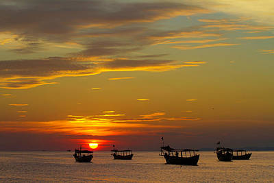 Photograph - Kampong Som Sunset by David Freuthal