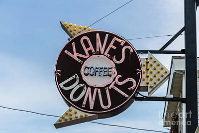 Photograph - Kanes Donuts by Thomas Marchessault