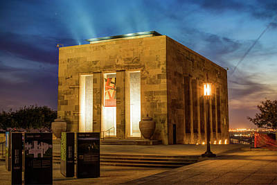 Photograph - Kansas City Memorial At Dusk - Missouri by Gregory Ballos