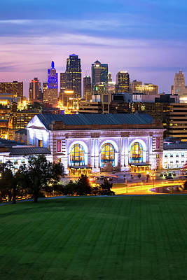 Photograph - Kansas City Skyline With Union Station In Color by Gregory Ballos