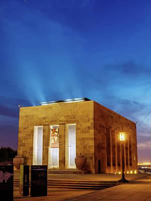 Photograph - Kansas City World War One Liberty Memorial by Gregory Ballos