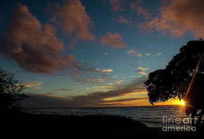 Photograph - Kapaa Sunrise 6098 by Chuck Flewelling