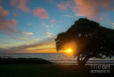 Photograph - Kapaa Sunrise 6102 by Chuck Flewelling