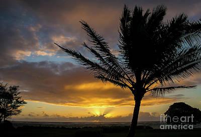 Photograph - Kapaa Sunrise 6765 by Chuck Flewelling