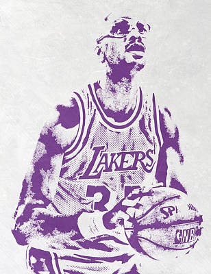 Los Angeles Mixed Media - Kareem Abdul Jabbar Los Angeles Lakers Pixel Art by Joe Hamilton