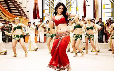 Kareena Kapoor Digital Art - Kareena Kapoor In Ra One by Emma Brown