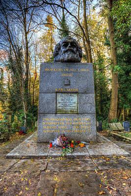Karl Marx Memorial Statue London Art Print