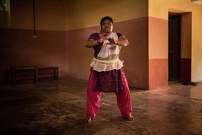 Luth Photograph - Kathakali Practice by Lucas Dragone