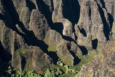 Photograph - Kauai From The Sky by Robert Potts