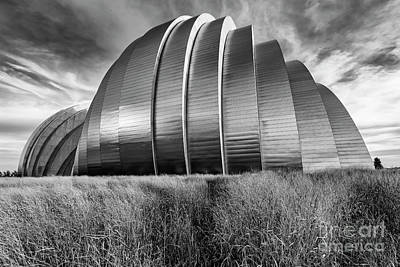 Photograph - Kauffman Performing Arts Center by Dennis Hedberg