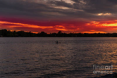 Photograph - Kayak On Lake Wilcox At Sunset by Les Palenik