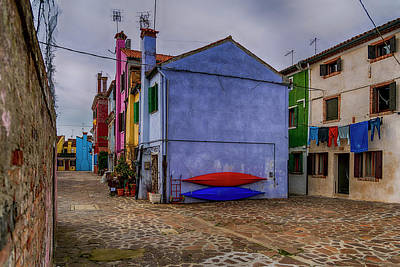 Photograph - Kayaks On Burano Venice_dsc5681_03072017 by Greg Kluempers