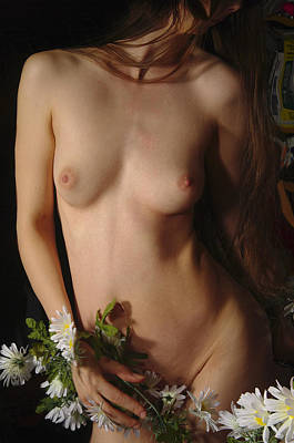 Female Nude Abstract Mirrors Flowers Photograph - Kazi0844 by Henry Butz