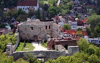 Architecture Digital Art - Kazimierz Dolny Castle by Maye Loeser