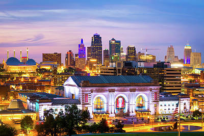 Photograph - Kc Skyline - Kansas City Downtown And Union Station by Gregory Ballos
