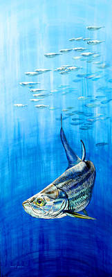 Fish Underwater Painting - Tarpon Below by Joan Garcia