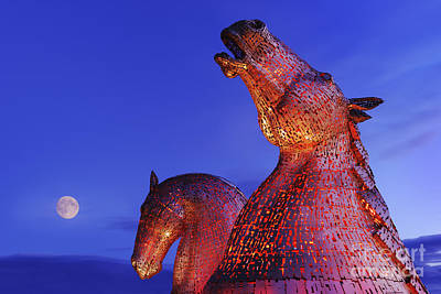 Kelpie Photograph - Kelpies Moonrise by Rod McLean