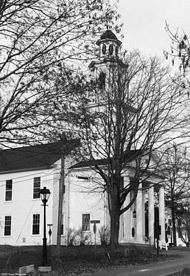 Photograph - kennebunkport Church BW by Debra Forand