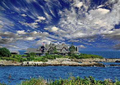 Kennebunkport, Maine - Walker's Point Art Print by Russ Harris