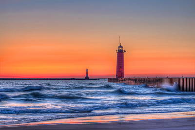 Photograph - Kenosha Lighthouse Dawn by Dale Kauzlaric
