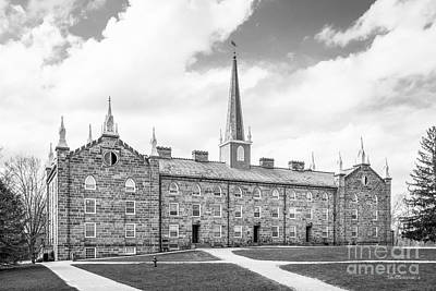 Honorarium Photograph - Kenyon College Old Kenyon by University Icons