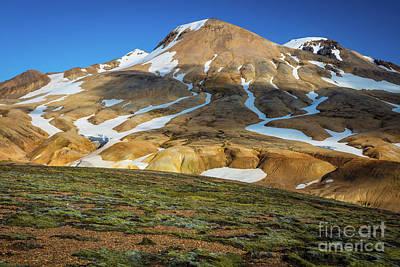 Photograph - Kerlingarfjoll Peak by Inge Johnsson