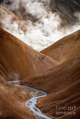 Photograph - Kerlingarfjoll Ridges by Inge Johnsson