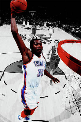 Mixed Media - Kevin Durant In Flight by Brian Reaves