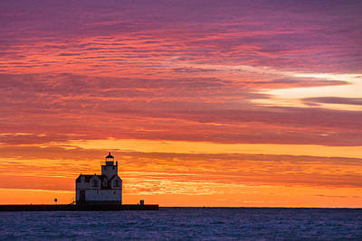 Photograph - Kewaunee Morning Hues by Bill Pevlor