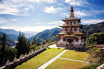 Photograph - Khamsum Yuelley Namgyal Chorten by Scott Kemper