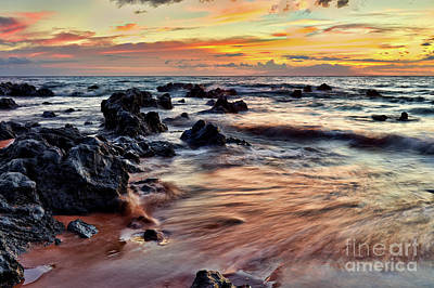 Photograph - Kihei Sunset by Eddie Yerkish