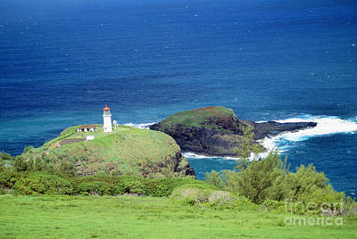 Photograph - Kilauea Lighthouse by Rita Ariyoshi - Printscapes