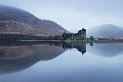Photograph - Kilchurn Castle At Dawn by Stephen Taylor