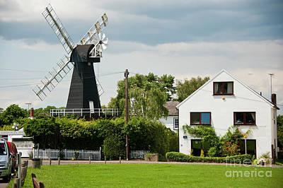 Meopham Photograph - Killicks Mill Meopham Kent Uk by Donald Davis