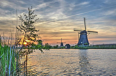 Photograph - Kinderdijk From The Edge Of The Canal by Frans Blok