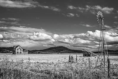 Photograph - King Homestead_bw-1593 by Joe Hudspeth