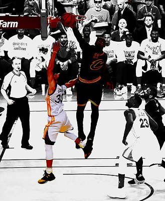 Deandre Mixed Media - King James Blocks Steph Curry by Brian Reaves