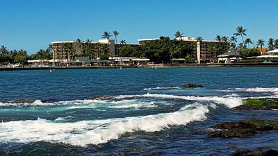 Photograph - King Kamehameha Hotel by Pamela Walton