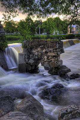 Digital Art - Kingfield Dam I by Patrick Groleau