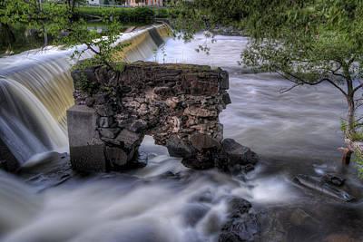 Digital Art - Kingfield Dam IIi by Patrick Groleau