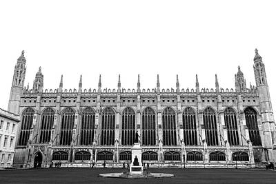 Photograph - Kings College Chapel Cambridge - Monochrome by David Warrington