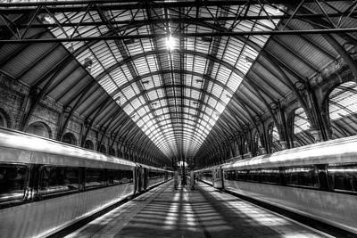Photograph - Kings Cross Mainline Station London by David Pyatt