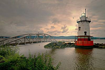 Photograph - Kingsland Point Lighthouse by Diana Angstadt