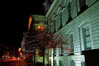 Kingston City Hall In Lights Art Print by Paul Wash
