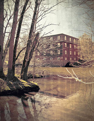 Old Mill Scenes Photograph - Kingston Mill Across The River by Colleen Kammerer