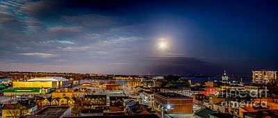 Photograph - Kingston Night And Day by Roger Monahan