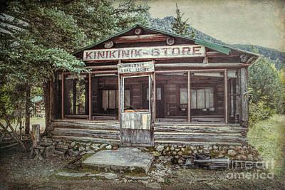 Photograph - Kinikinik Store by Lynn Sprowl