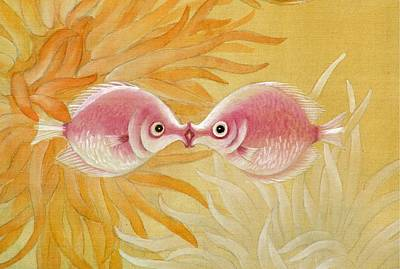 Kissing Fishes Art Print by Ying Wong